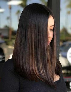 Simple Ways to Style Medium Length Hair – BOB HAARE - mewbones. Haircuts For Long Hair, Girl Haircuts, Straight Hairstyles, Black Hairstyles, One Length Hairstyles, Haircuts For Medium Length Hair Straight, Pixie Haircuts, Curly Hairstyles, Wedding Hairstyles