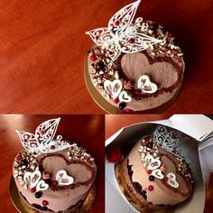 Mousse de ciocolata Fructe de padure Decor din ciocolata topita