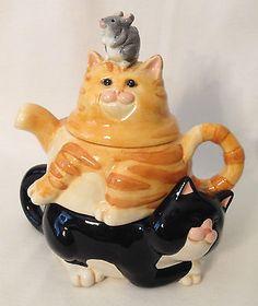 Vintage FIGI porcelain triple tea pot - Tuxedo & Ginger cats plus a mouse