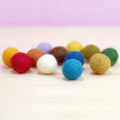 Keçe top, renkli