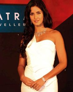 Katrina Kaif's diamond bracelet. http://www.xplorfashion.com/p/hollywood.html