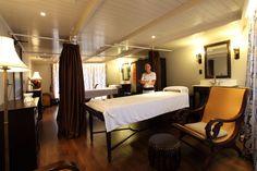 RV Jayavarman Crusie Spa & Massage