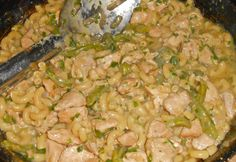 Shawna's Food and Recipe Blog: Green Zombie Chili Mac ~ The Zombie Apocalypse Store - The Friday Night Zombie Attack Shootout in Las Vegas!