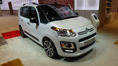 The Nuova Citroen C3 2017 is a small car from the French manufacturer Citroën. Citroen C3 was introduced in April 2002 as the successor of the five-door Citroën Saxo. The smaller Citroën C2 was only available in three versions and replaced the Saxo. The C3 appeared in April 2002 as the first... http://s4sportscar.com/nuova-citroen-c3-2017/