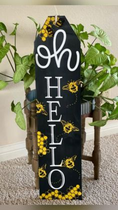Chalk Crafts, Fun Diy Crafts, Wood Crafts, Crafty Projects, Fun Projects, Sunshine Crafts, Chalk Ideas, Porch Welcome Sign, Dance Tips