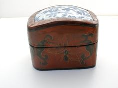 Chinese Lacquer Shard Trinket Box by TheJewelryLadysStore on Etsy