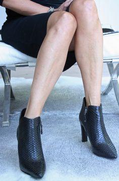 Elvio Zanon - snake enkellaarsjes Sexy Feet, Snake, Booty, Beautiful, Shoes, Black, Fashion, Moda, Swag