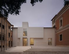Completed in 2015 in San Vendemiano, Italy. Images by Marco Zanta. Studiomas architetti and Heinz Tesar won a competition to renovate the museumin 2010. Two elements were added to the 16th-century monastery...