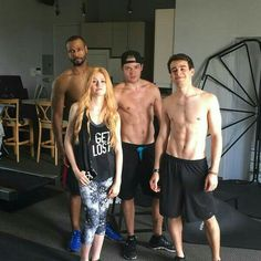 Kat McNamara is such a lucky lady getting to work out with these hotties!! xx WHYYYY! And I love her shirt!