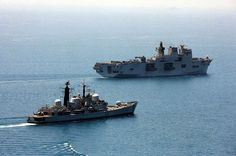 HMS Edinburgh (D97) British Armed Forces, Power Boats, Submarines, Royal Navy, Southampton, Cold War, Edinburgh, Sailing Ships, Surface