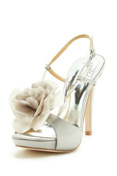 Badgley Mischka Zabrina Flower Sandal