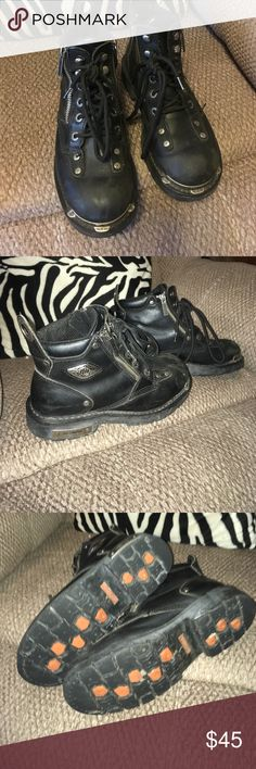 Harley Davidson boots Women's Harley Davidson heavy boots for riding!!! Been worn a lot but still have life left! Need some cleaning up is all! Size 7! Harley Davidson Shoes Combat & Moto Boots