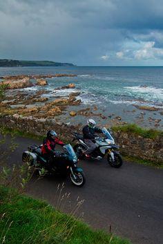 Découvrez l'Irlande en moto Motorcycle, Vehicles, Ireland, Pathways, Rolling Stock, Motorcycles, Vehicle, Motorbikes, Engine