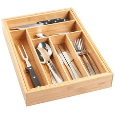 VonShef Extendable Bamboo Cutlery Tray £7