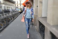 Une Journee Rose  #paris #parisfashionweek #pfw #fashion #fashionweek #ootd #wiwt #lovebyn #fashionweekready #pretaporter #runway #fashionshow #fashionblog #fashionblogger #lovebyn #design #designer #travel #travelblogger #france #love #runway #fw #aw #pink #rose #yvessaintlaurent #sneaker #flower #print @Barons Papillom