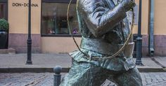 I took this shot of this statue when out for a wee walk around historic Tallinn ( Old Town ) during my wee Estonia & Finland Trip September 2017 ............ All Rights Reserved Copyright davemacnoodles59 https://www.pinterest.com/materjal/pins/