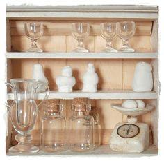"""in die Küche *g*         In dieser Küche sind nur die Möbel gekauft.....allerdings hab ich sie dann """"altern"""" lassen.....anfangs waren sie..."""