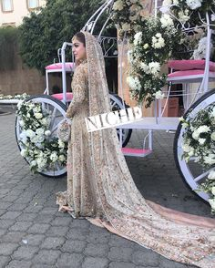 What a fairytale it was in a beautiful at her wedding decor by Pakistani Wedding Stage, Wedding Lehnga, Wedding Wear, Walima Dress, Pakistani Wedding Dresses, Pakistan Bride, Beautiful Bridal Dresses, Bridal Beauty, Bridal Makeup