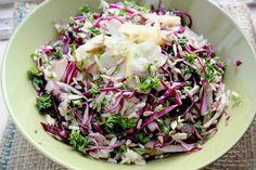 Salade van rode kool, peer, venkel en peterselie