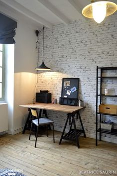 Awesome Deco Chambre Industrielle that you must know, You're in good company if you're looking for Deco Chambre Industrielle Home Office Design, Home Office Decor, Home Decor, Teenage Room, New Room, Layout Design, Ikea, Bedroom Decor, Bedroom Ideas