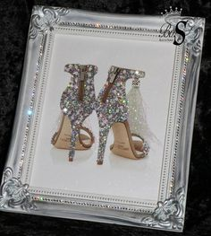 Wine Basket Gift Ideas Discover Shoes Glitter Picture Shabby Chic frame or canvas. Glitter wall Art Any size! Glitter Wall Art, Glitter Canvas, Glitter Frame, Silver Glitter, Cuadros Diy, Glam Bedroom, Chanel Bedroom, Bedroom Decor, Chanel Decor