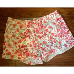 Bass Floral Shorts Gorgeous floral shorts from Bass. So sad these don't fit me anymore, I only had the chance to wear them once. Perfect condition, not super short or low waisted. Perfect for spring into summer! Bass Shorts