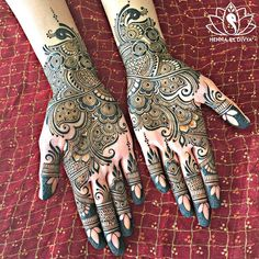 Arabic Eid Mehndi Designs 2018 for Hands Best Pictures Gallery Peacock Mehndi Designs, Mehndi Patterns, Arabic Mehndi Designs, Latest Mehndi Designs, Simple Mehndi Designs, Bridal Mehndi Designs, Mehndi Designs For Hands, Henna Tattoo Designs, Mehndi Design Pictures