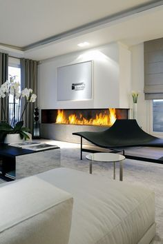27 Fascinating minimalist fireplace ideas for your living room - Gabriele Home - Home Design Jet Home Interior Design, Interior Architecture, Interior Decorating, Room Interior, Modern Interior, Living Room Designs, Living Room Decor, Minimalist Fireplace, Minimalist Room