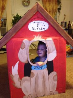 Cardboard dog house birthday photo prop for puppy themed party. How To Make A Dog House With Cardboard Dog Themed Parties, Puppy Birthday Parties, 1st Birthday Photos, Puppy Party, Dog Birthday, Birthday Party Themes, Birthday Ideas, Party Animals, Animal Party