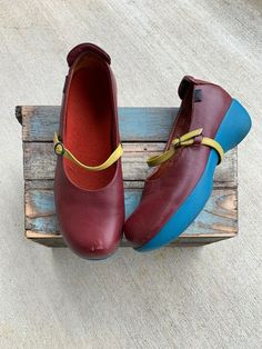 38eece001c04 CAMPER Girl Wmn sz 38 Leather Red Wine Burgundy Strap Blue Wedge Comfort  Shoes
