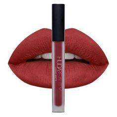 Ce rouge liquide se fait parfaitement mat une fois sec et ne bouge plus sur les lèvres. Il est dispo... - Glamour