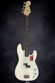 Fender American Professional Precision Bass - Olympic White with Rosewood Fingerboard