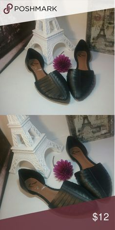 Ladies shoes black Report  size 10 Report Shoes Flats & Loafers