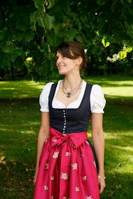 I wear my own! DIY Blog: Endlich fertig - Mein DIY Dirndl!