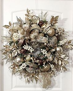Christmas Wreath, Extra Large Wreath, Winter Wreath, Holiday Wreath, Christmas D. Elegant Christmas, Gold Christmas, Christmas Crafts, Christmas Ornaments, Cheap Christmas, Christmas Ideas, Christmas Villages, Victorian Christmas, Christmas Pictures