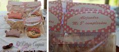 Detalle del packaging de las galletitas de Princesas y Piratas / Packaging Princess & Pirates Cookies #PrincessAndPiratesCookies #GalletasdePrincesasyPiratas #galletas #fondant #cookies #galletasDecoradas #decoratedCookies #sugarcraft #foodPhotography #packaging
