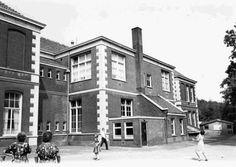 Brinklaan 163. Achterzijde Koningin Wilhelminaschool