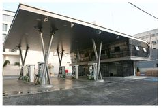 The Shonzino gas station was designed in 2009. The date completed in July 2011. The site is located in a Soncino St. in Tel Aviv, a mostly business characte...