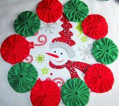Bright, Colorful Snowman Yo Yo Candle Mat, Handmade Cute, Red, Green and White by YoyosAndMoreByJill on Etsy
