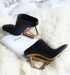 Celine SS2014 sculptural shoes in black & gold