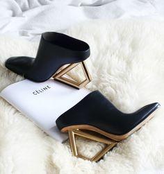 Celine SS2014 sculptural shoes in black & gold