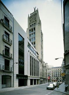 Edificio Virgen de los Peligros. Madrid 1993. allende arquitectos