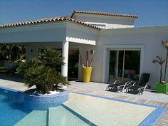 Villa Rental: 3 Bedrooms, Sleeps 8 in Sanary-sur-Mer Holiday Rental in Sanary-sur-Mer from @HomeAwayUK #holiday #rental #travel #homeaway