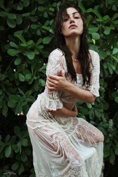 Phoebe Tonkin photographed by Alexandra Spencer - fashion beauty Pretty People, Beautiful People, Beautiful Women, Non Blondes, Girl Celebrities, Girl Crushes, My Idol, Fashion Beauty, Fashion Photography