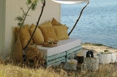 It is pretty expensive to get patio furniture especially when it is unique and gorgeous. Pallet outdoor furniture makes available much attractive, pretty useful