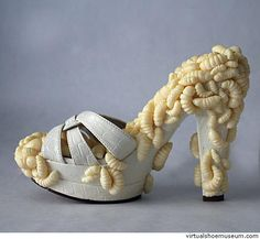 Kobi Levi Shoes - Kobi Levi is a talented Israeli footwear designer. He uses his crazy imagination to create some of the most strange and unusual high heels that you have never seen before. Looks like someone is going to be wearing worms? Weird Fashion, Fashion Shoes, Fashion Art, Fashion Ideas, Mode Bizarre, Funny Shoes, Weird Shoes, Crazy High Heels, Steampunk Boots