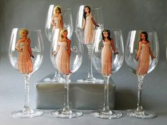 2014 Couple Gift Ideas - Bridal Party Wine or champagne Glasses Bridesmaids