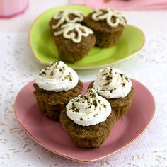 Gluten free Matcha Green Tea Pistachio Muffins Recipe with oat flour, toasted pistachios, ricotta cheese. Sugar free, low fat breakfast, snack muffin.