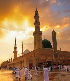 المسجد النبوي THE MOSQUE OF THE PROPHET