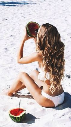 2. Beachy summer hairstyle